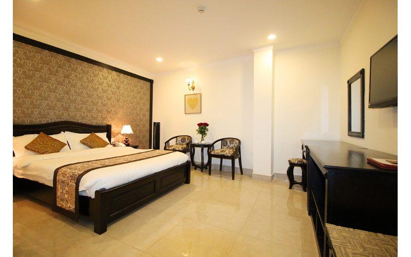 giá phòng khách sạn royal đà lạt