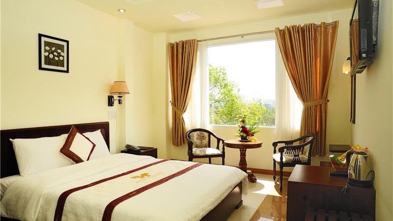 giá phòng khách sạn Thi Thảo Đà Lạt