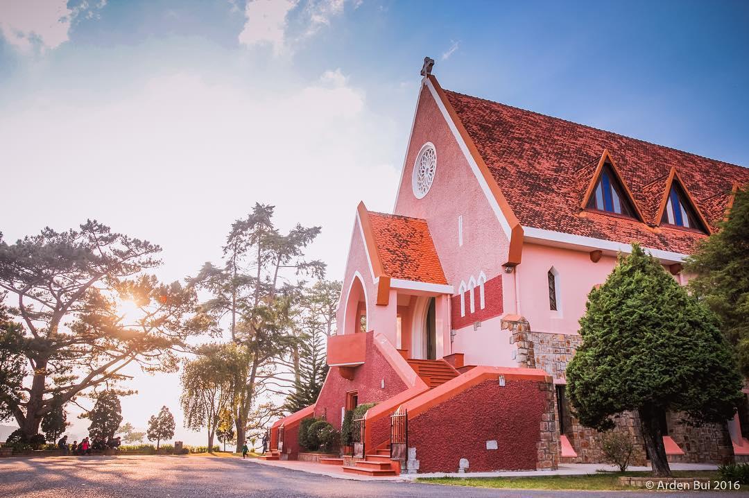 Nhà thờ Domaine De Marie Đà Lạt