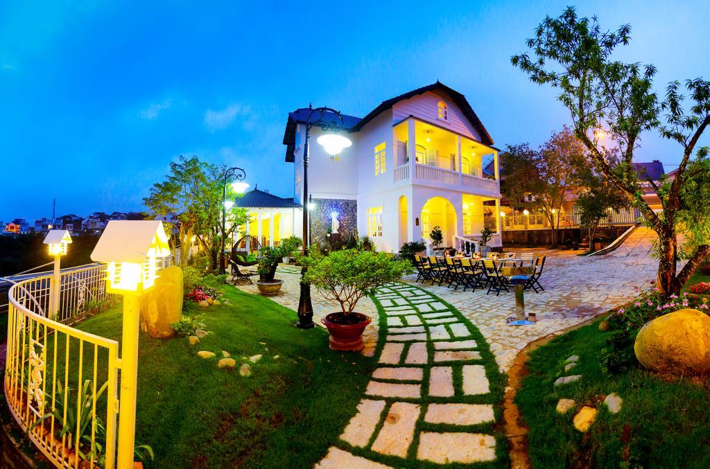 khách sạn mới xây ở Đà Lạt