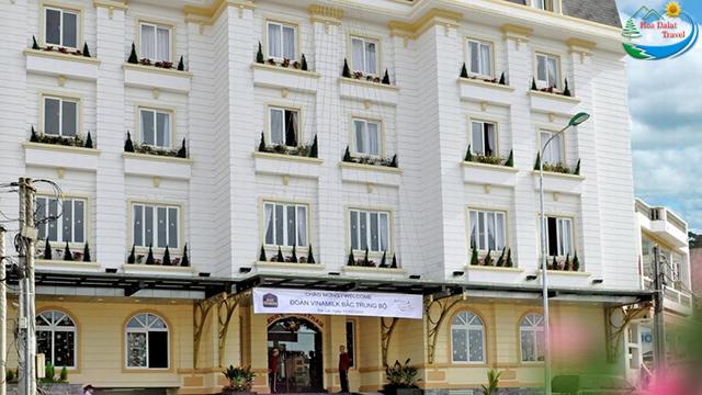 review khách sạn đà lạt 2018