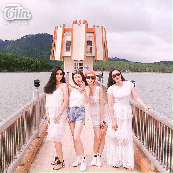 Chuyến du lịch Đà Lạt của 4 cô gái khiến dân mạng ghen tỵ và nổ mắt