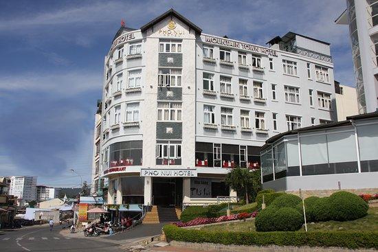 danh sách các khách sạn gần chợ đà lạt