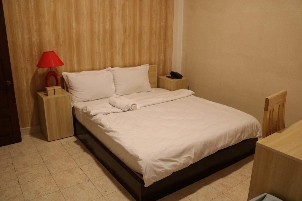 khách sạn nằm trên đường 3 tháng 2 đà lạt