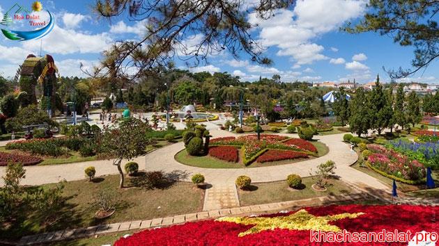 vườn hoa thành phố ở đà lạt