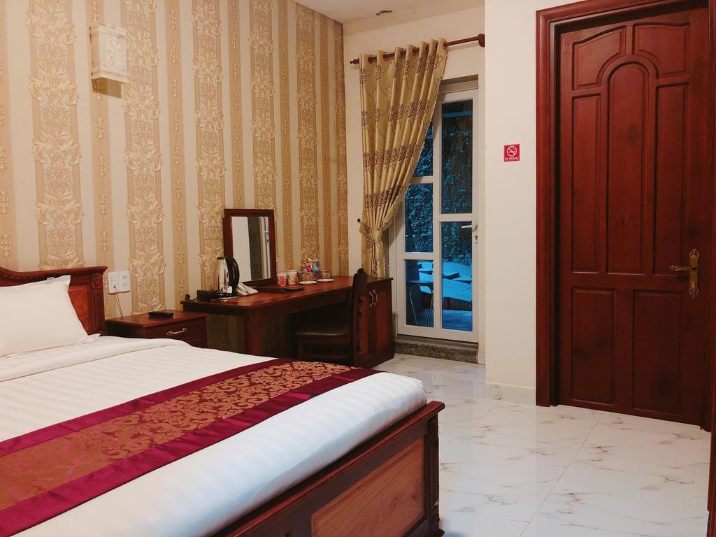 giá phòng khách sạn đông dương đà lạt