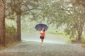 Những cơn mưa bất chợt ở thành phố Đà Lạt