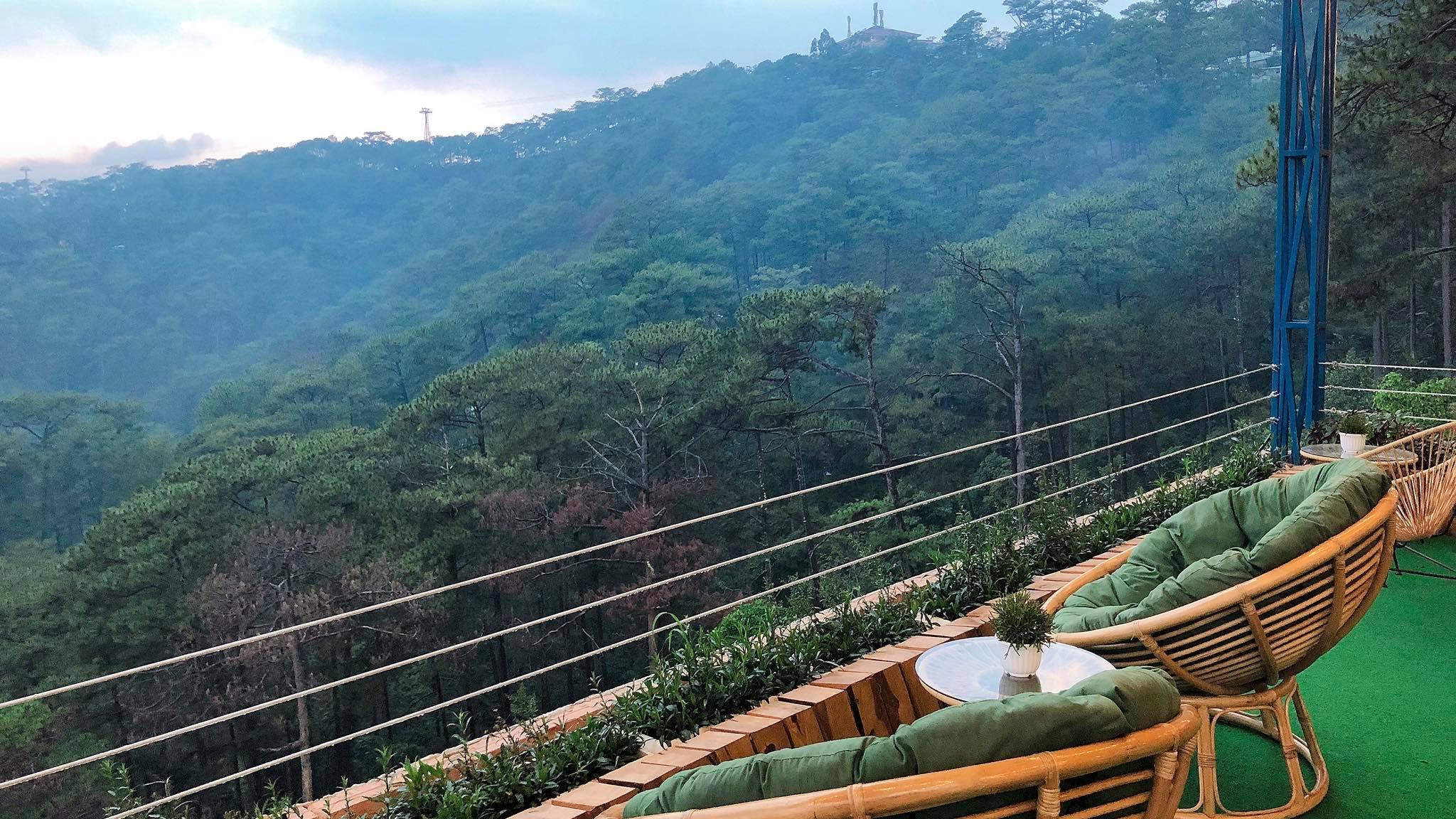 Quán cà phê thung lũng mây