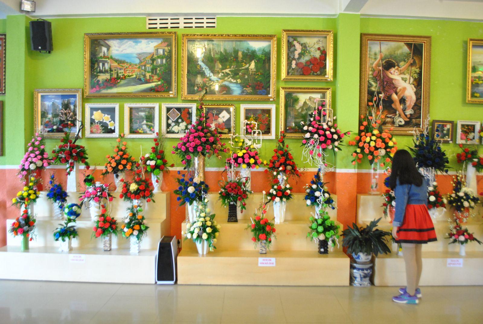 rừng hoa Đà Lạt - showroom hoa khô