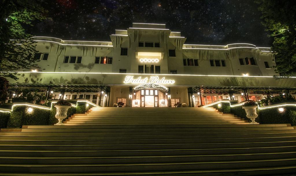 Kinh nghiệm đặt phỏng khách sạn Dalat Palace