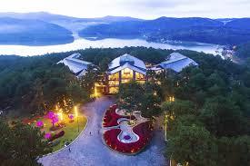 Kinh nghiệm đặt phòng khách sân gần hồ Tuyền Lâm Đà Lạt