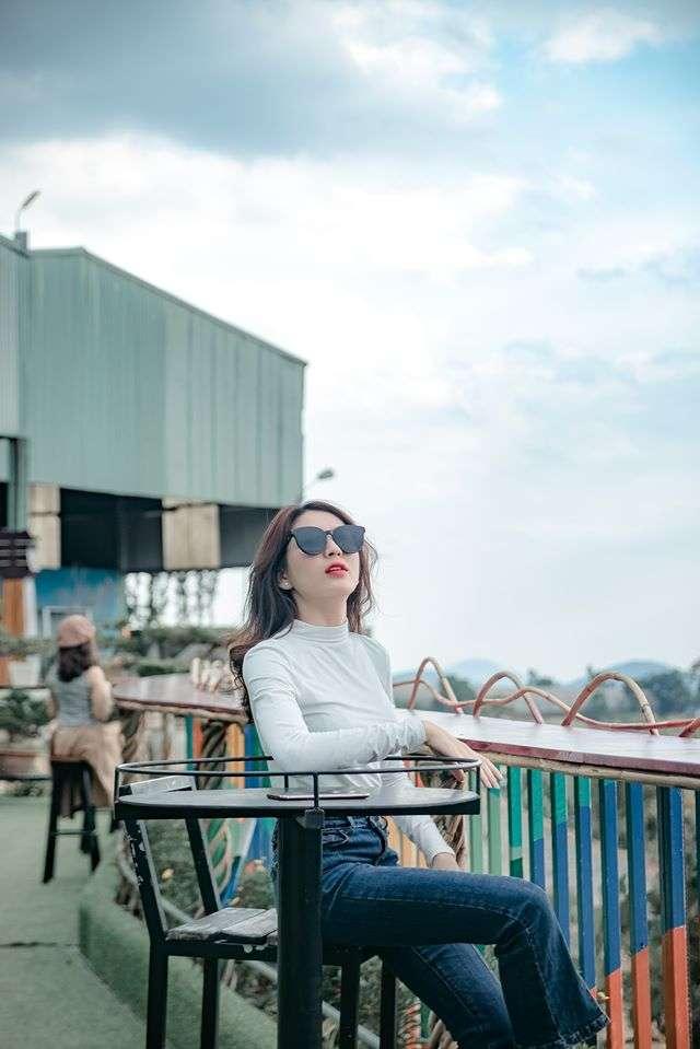 du khách check in khu du lịch Thúy Thuận