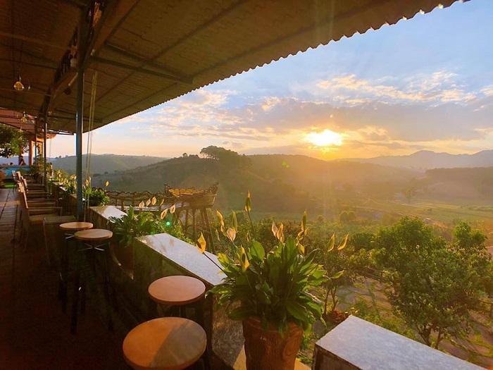 quán cà phê Thúy Thuận Đà Lạt