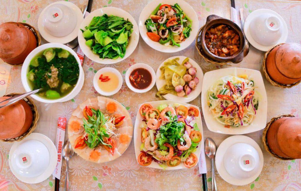 ăn trưa tại Đà Lạt