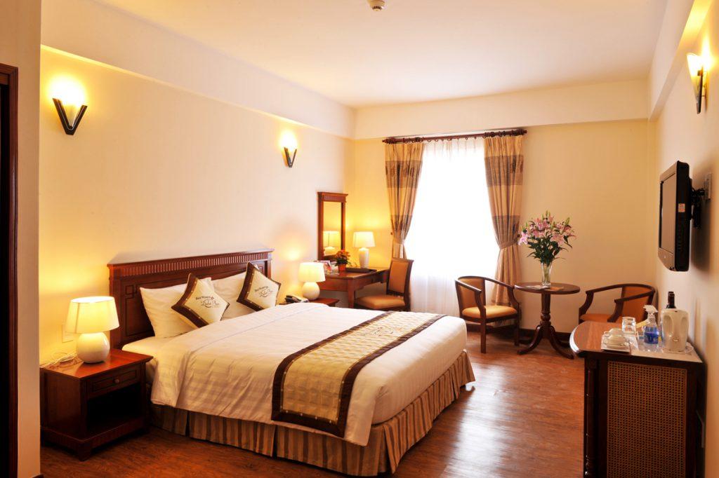 Giá phòng khach sạn Palaza