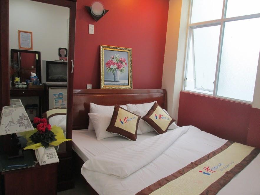 Khách sạn I hotel