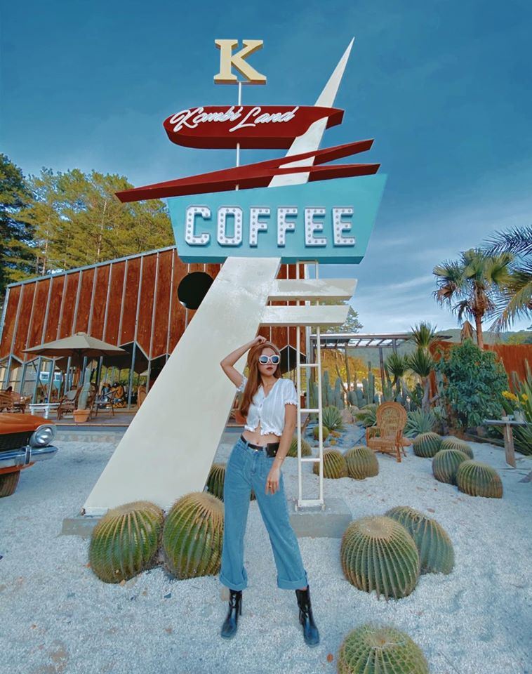 Kombi Land coffee Đà Lạt